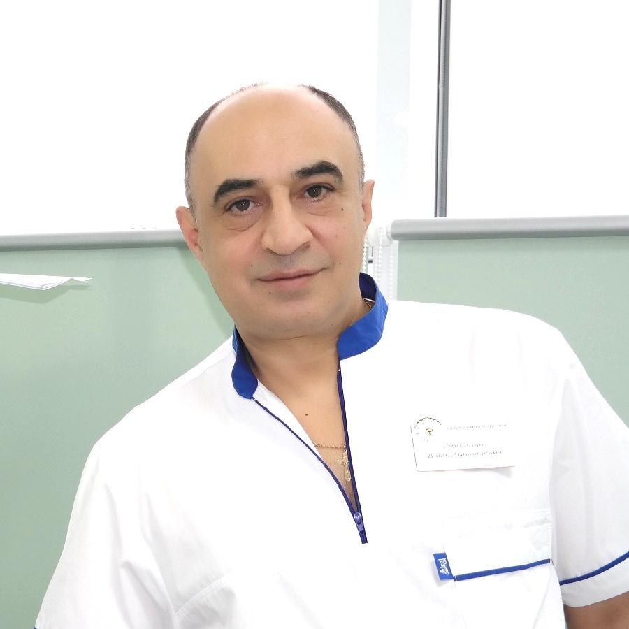 Смиренин Давид Николаевич Офтальмолог